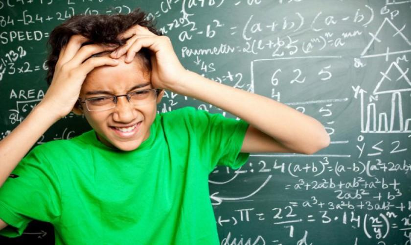 ریاضی-نهم-جمع-و-تفریق-عبارت-های-گویا